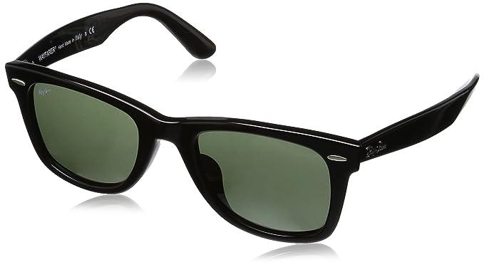 cf44a6fe7ce27 Amazon.com  Ray-Ban Wayfarer Polarized Square Sunglasses BLACK 52.1 ...