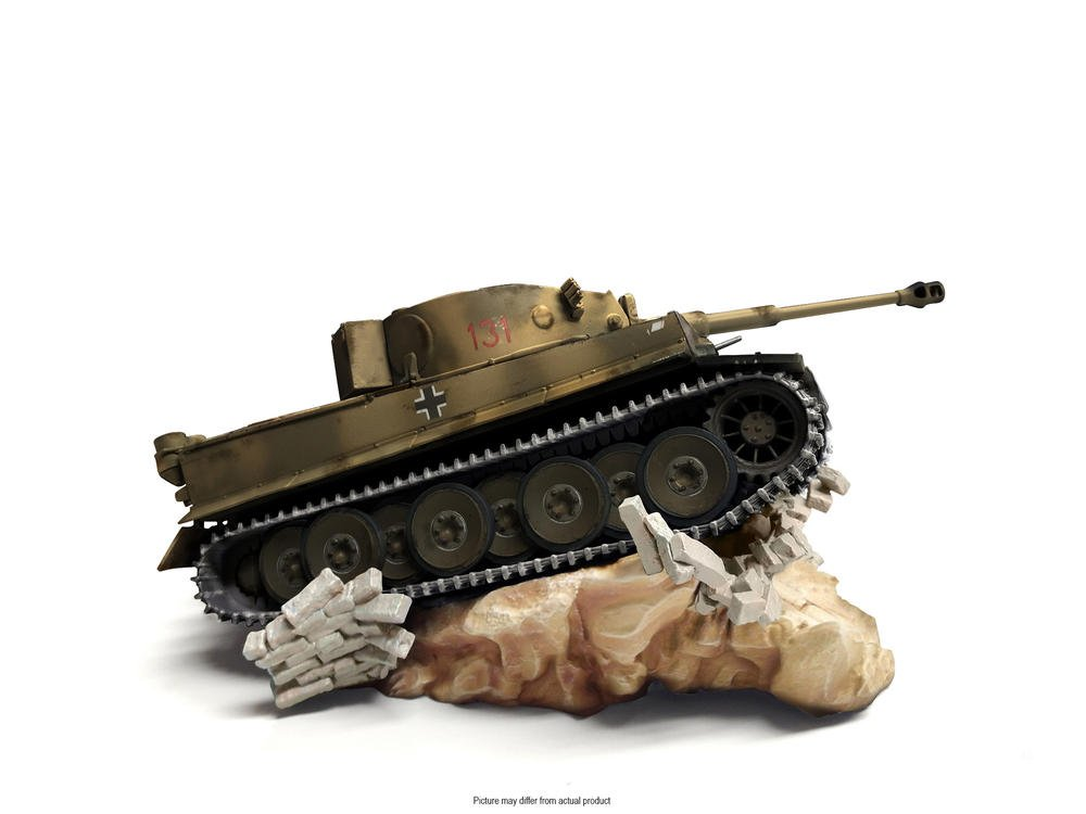 World of Tanks Collector's Edition (Game Not Included) by Excalibur Games (Image #4)