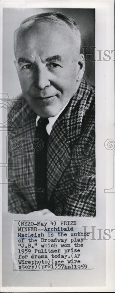 Amazon 1959 Wire Photo Archibald MacLeigh Wins Pulitzer For Broadway Play JB Photographs