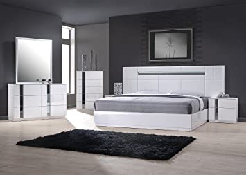 Amazon Com J M 17853 K Palermo White Lacquer With Chrome Accents King Size Bedroom Set Furniture Decor