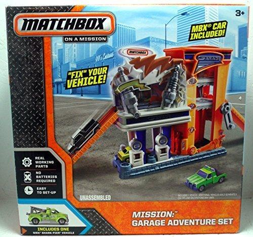 Matchbox On A Mission: Garage Adventure Set by Mattel B018MVYTXC