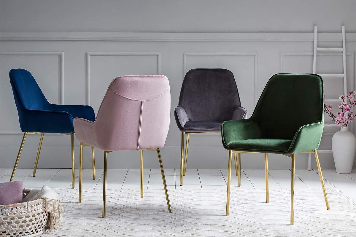 Esstisch-Stühle-Design-Klassiker-Vitra-Samt-Stuhl-Set