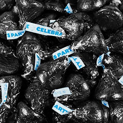 Large Kiss (Hershey's Kisses Black Foil, Milk Chocolate, Party Kisses,17.6-Ounces Bag (1))