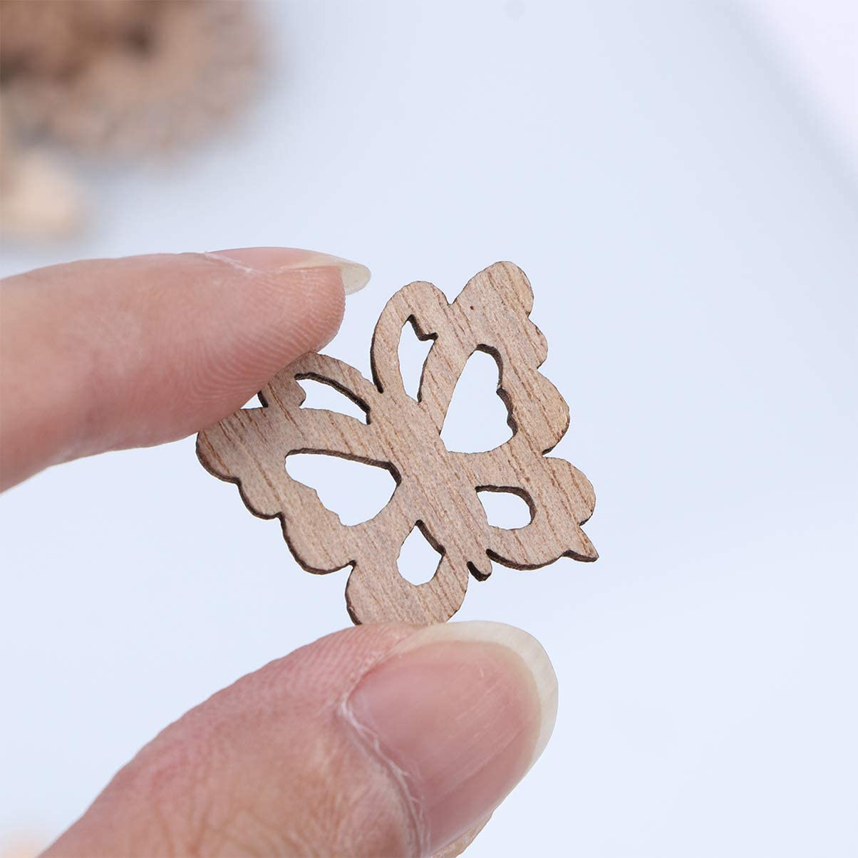 Happyyami 100pcs Unfinished Wood Cutouts Wooden Flower Butterfly Bird Embellishments Table Confetti Rustic Wedding Decorations DIY Wood Craft Supplies