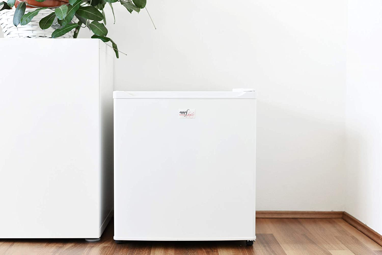 Mini Kühlschrank Mit Temperaturregelung : Melchioni artic lt mini kühlschrank mit gefrierfach a leise