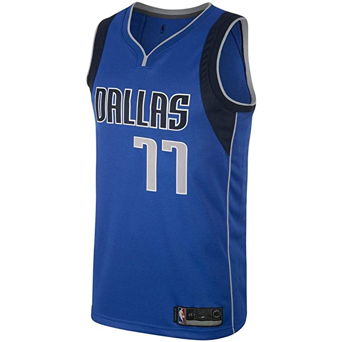 587acb4066f6 Amazon.com  Majestic Athletic Men s Dallas Mavericks  77 Luka Doncic Royal  Swingman Jersey-Blue  Clothing