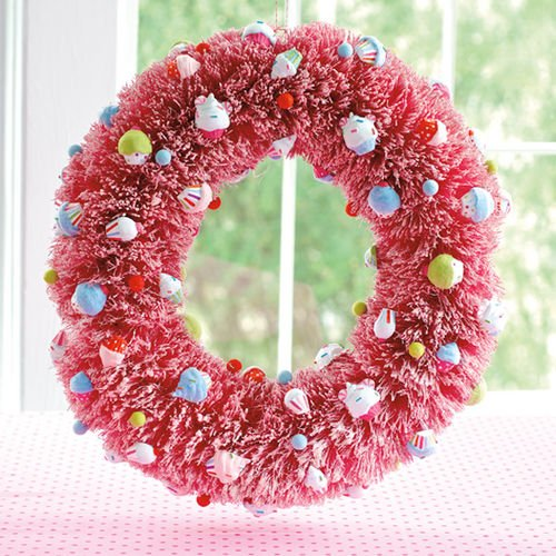 Gltterville Birthday or Christmas Sisal Wreath with Cupcakes Ornaments, 20 Inches, Pink