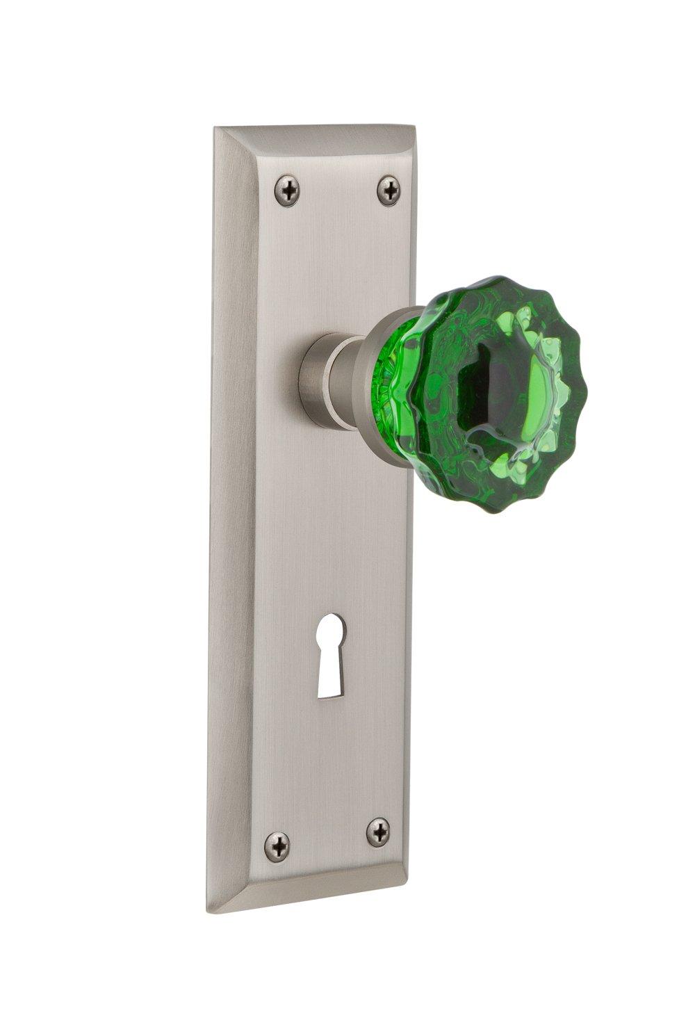 2.75 Nostalgic Warehouse 721818 New York Plate with Keyhole Passage Crystal Emerald Glass Door Knob in Satin Nickel