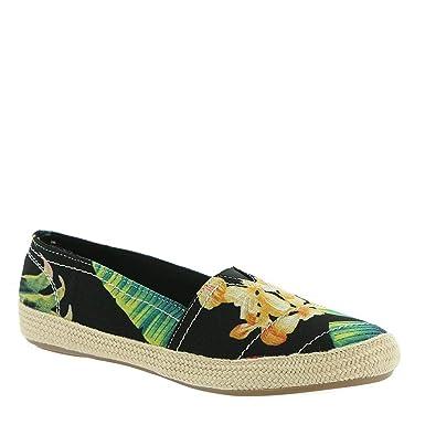 df3093eab0f7 Amazon.com  MIA Amore Freedom-F Women s Slip On  Shoes