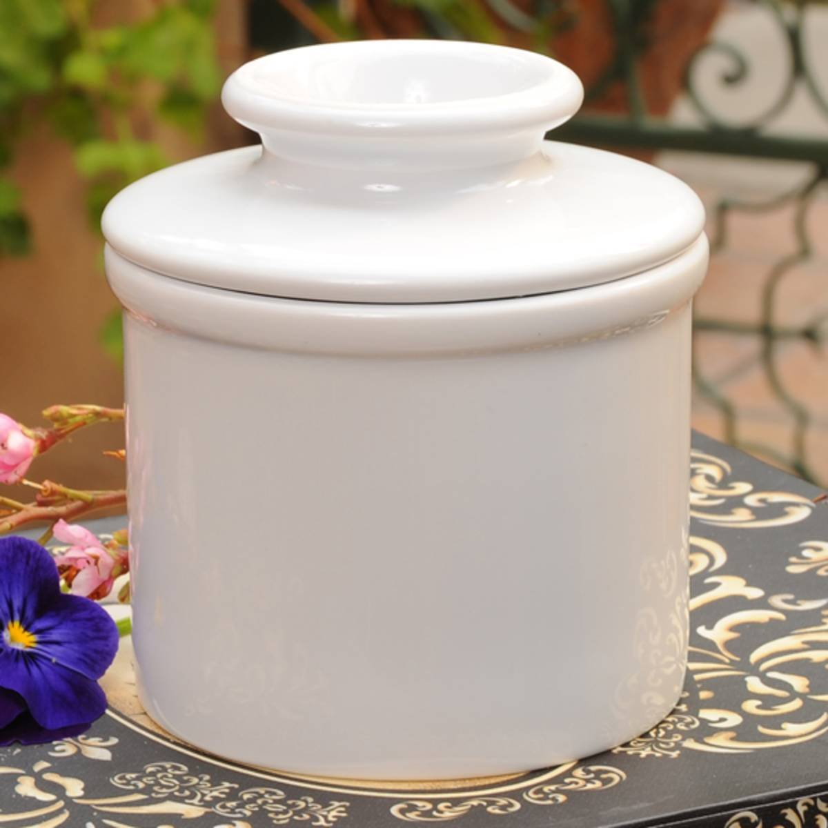 The Original Butter Bell Crock by L. Tremain, Retro & Matte Collection - White by Butter Bell (Image #2)