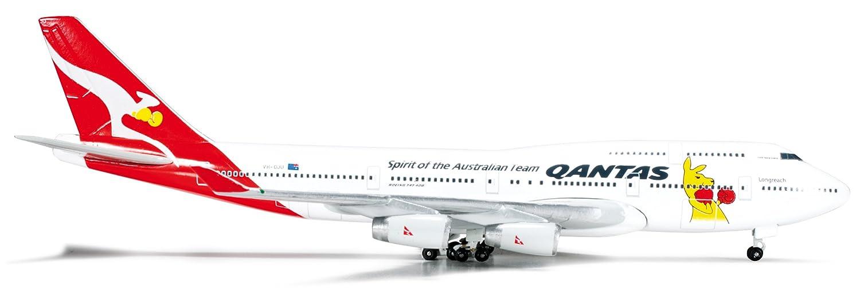 Daron Herpa Qantas 747 400 Boxing Kangaroo Diecast Aircraft 1 500 Scale
