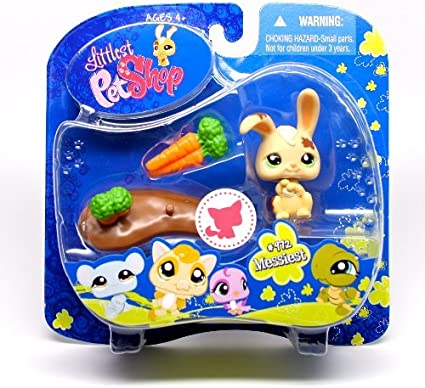 #812 Hasbro Littlest Pet Shop with Bench Action Figure Messiest Pigeon