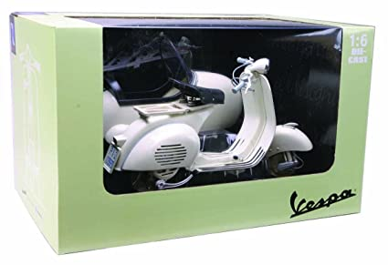 Newray 1:6 Vespa 150 VL1T with Side Car (Colours may vary