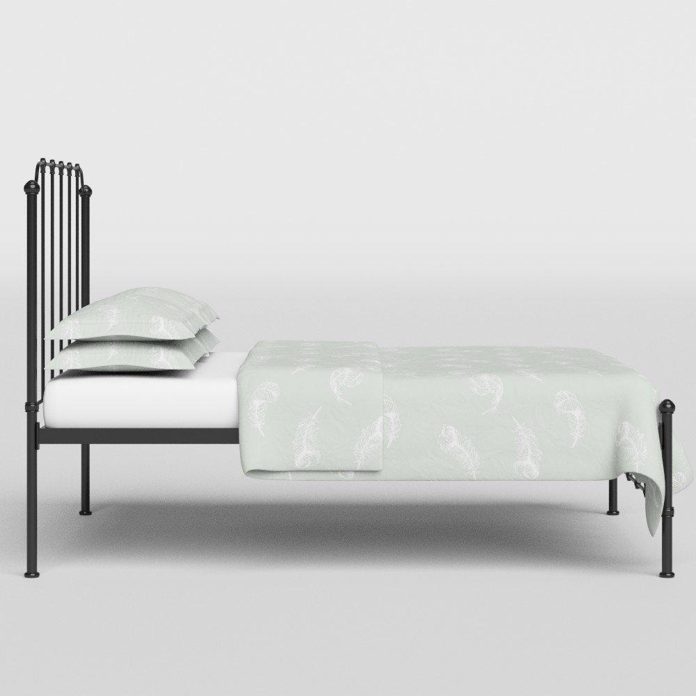 Letto in Metallo Julia Struttura Letto in Ferro con Doghe in Legno 135 x 190 cm Avorio Brillante The Original Bed Co