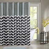 Intelligent Design ID70-511 Nadia Shower Curtain 72x72
