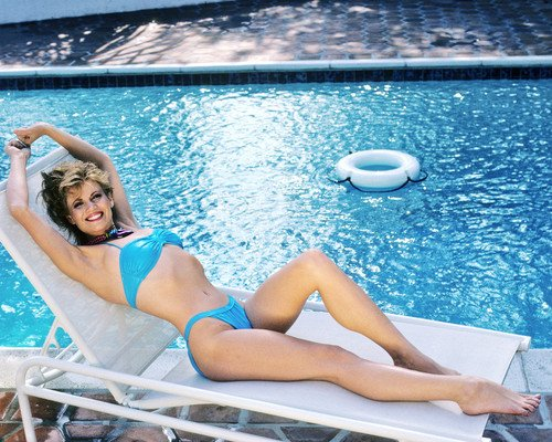 Markie Post lying poolside in sexy blue bikini barefoot pin up 8x10 Promotional Photograph