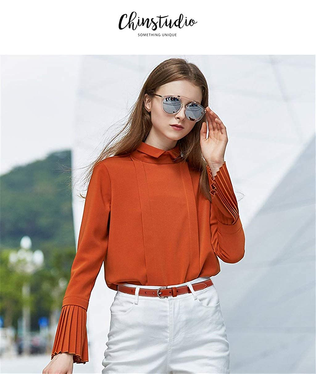 Korean style is simple. Ladies leather belts and thin trousers