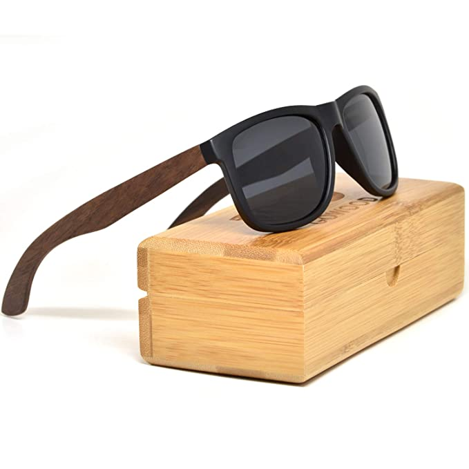 fe4d1d4174 Walnut Wood Square Sunglasses For Men   Women with Black Front and  Polarized Lenses  Amazon.ca  Clothing   Accessories