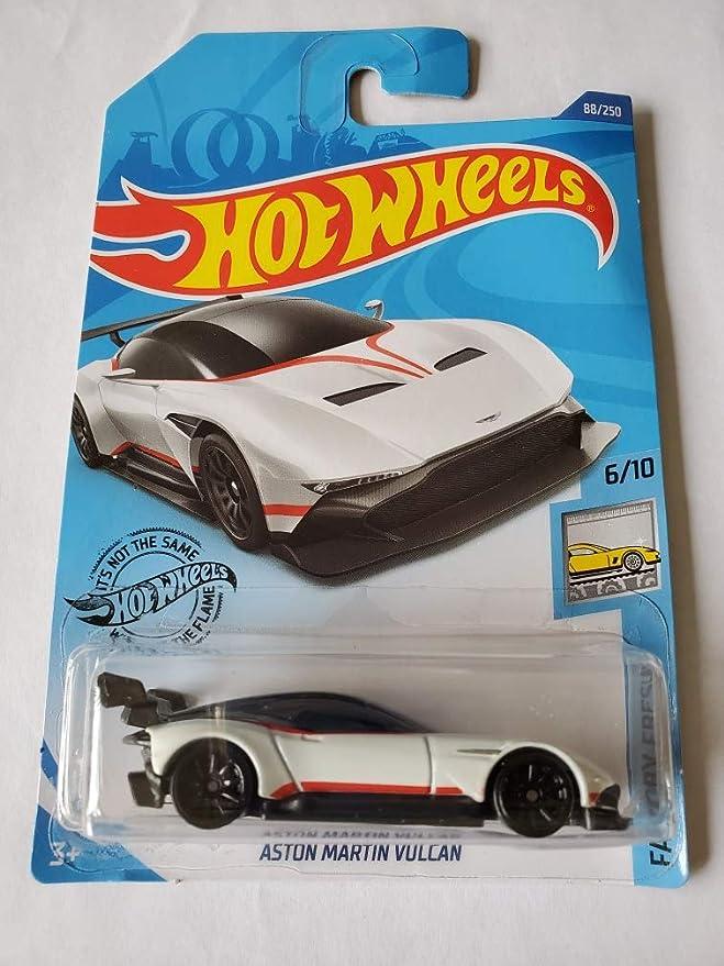 Amazon Com Hot Wheels 2020 Factory Fresh Aston Martin Vulcan White 88 250 Toys Games