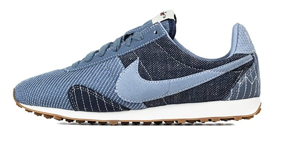 detailed look 5ad04 d24fe Amazon.com   Nike Women s Pre Montreal Racer Vintage Premium Blue   Running