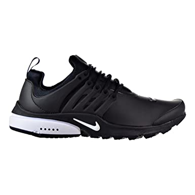 489fe1818a7912 Nike Men s Air Presto Low Utility Black White Running Shoe 12 Men US  Amazon .co.uk  Shoes   Bags