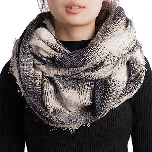 Top infinity scarf gray plaid