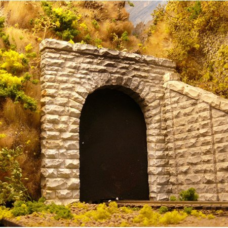 - Chooch Enterprises HO Scale Single Cut Stone Tunnel Portal