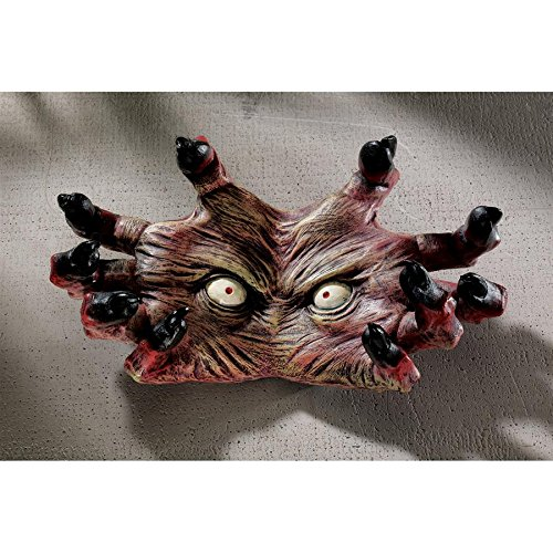 Design Toscano The Creepy Thing Wall Sculpture - Zombie Statue
