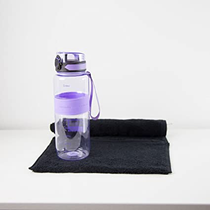 Fitness - Botella de agua, color morado con toalla de gimnasio en varios colores,