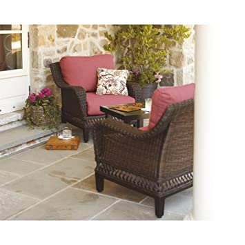 Woodbury 3 Piece Patio Seating Set With Dragon Fruit Cushions