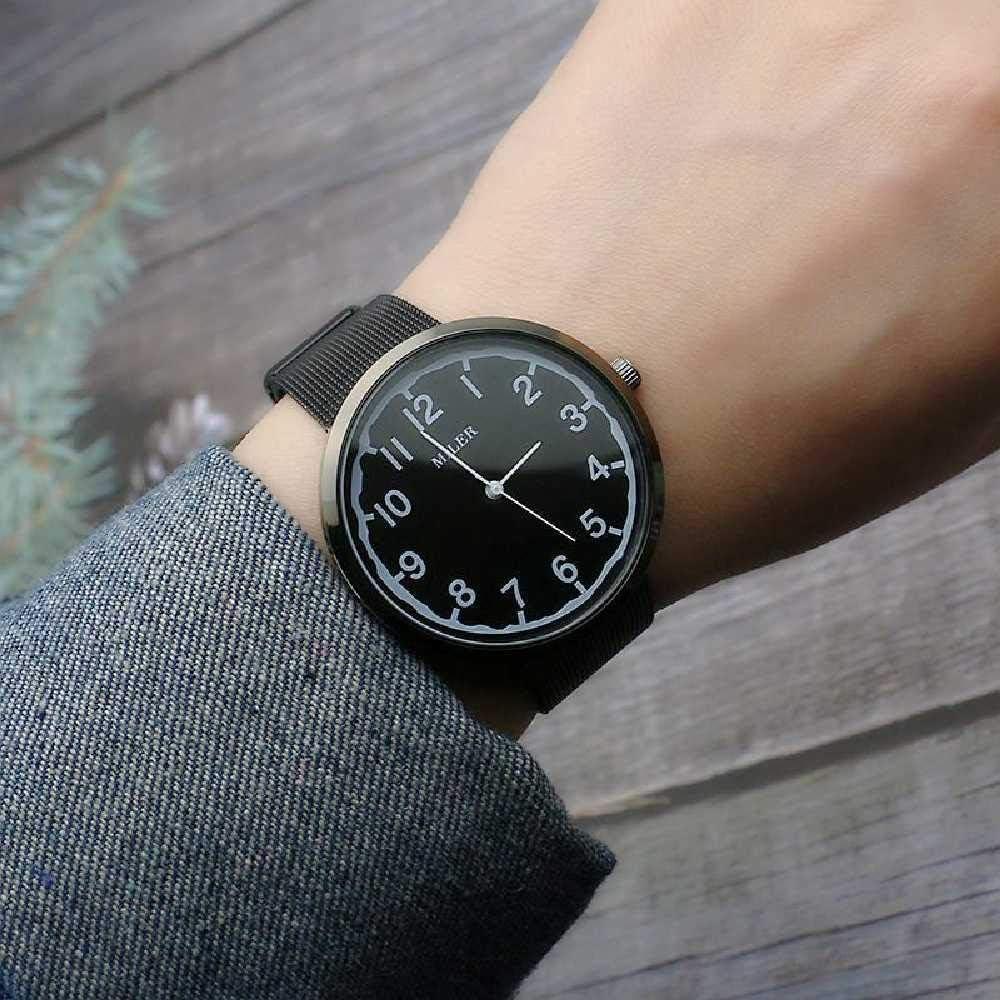 LYAO Montre De Maille Tissée, Montre à La Mode De Maille De Quartz numérique Noir Surface Numérique Noir Surface