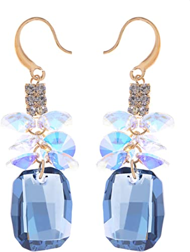 NEW. A PAIR OF  BLUE CRYSTAL GOLD PLATED TEARDROP LEVERBACK HOOK  EARRINGS