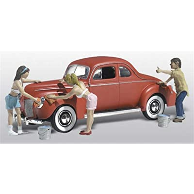 Suds & Shine 1940's Ford Coupe w/Figures Washing Car N Scale Woodland: Toys & Games