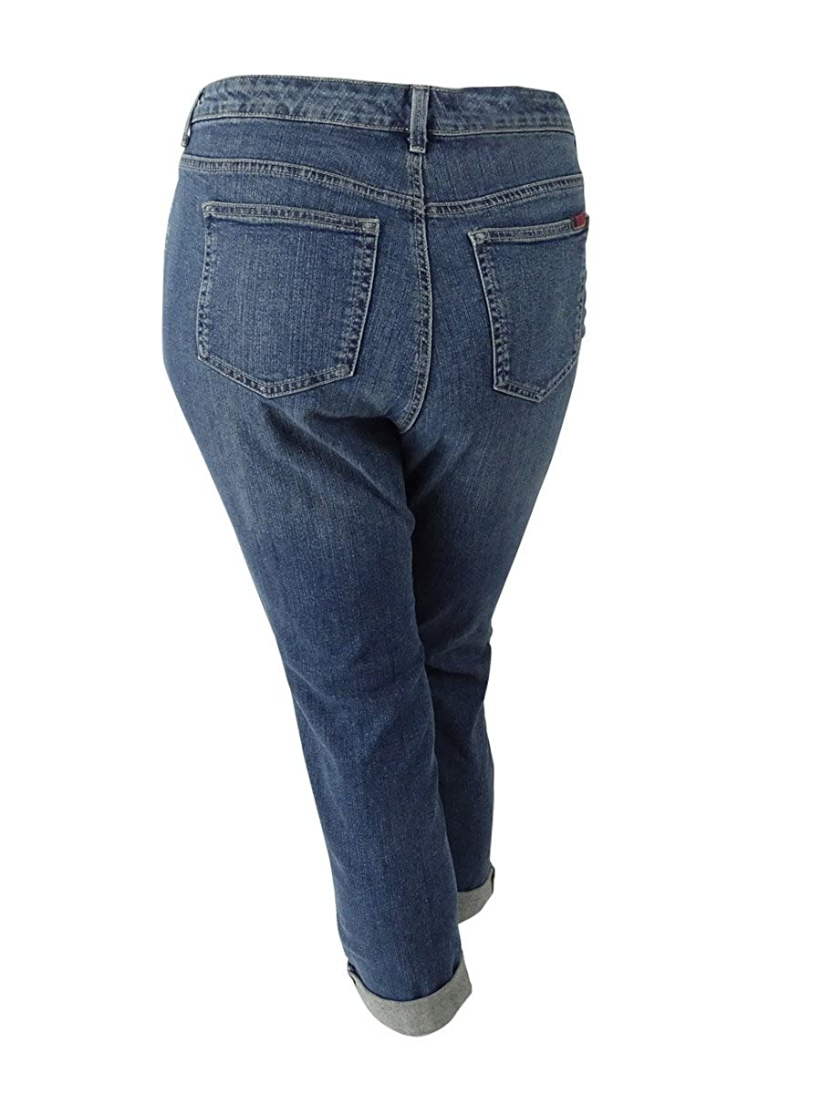 aa7261fa81151 Style   Co. Womens Plus Denim Patchwork Boyfriend Jeans Blue 16W at Amazon  Women s Clothing store