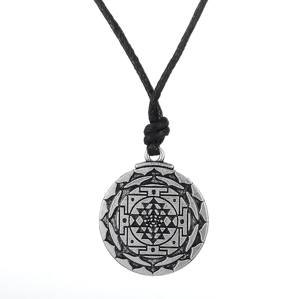 Sri Yantra Great Wealth Hindu Goddess Pendant Neckalce Tantric Yoga Jewelry for Men Qiju B01E7C42JG_US