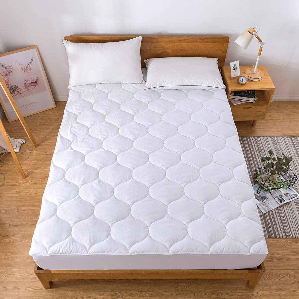 Decroom Waterproof Mattress Pad-Hypoallergenic Breathable Quilted Fitted Sheet Mattress Protector Cover Twin