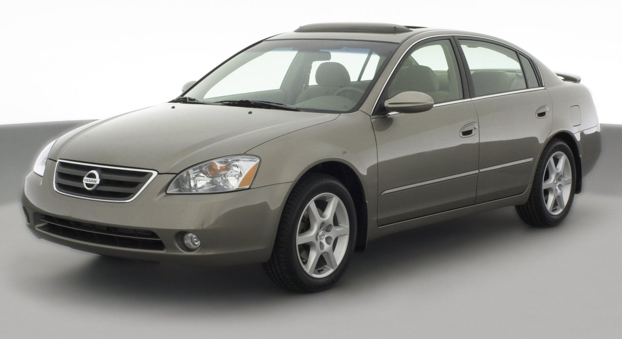 Amazon 2002 saturn l200 reviews images and specs vehicles 2002 nissan altima s 4 door sedan automatic transmission vanachro Image collections