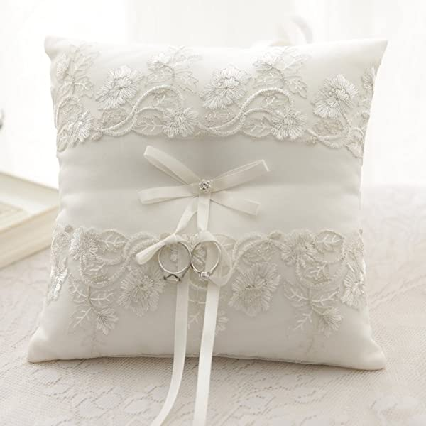 AmaJOY Ivory Satin and Lace Wedding Ring Pillow Cushion 21cmx 21cm Ring Bearer for Wedding ceremony