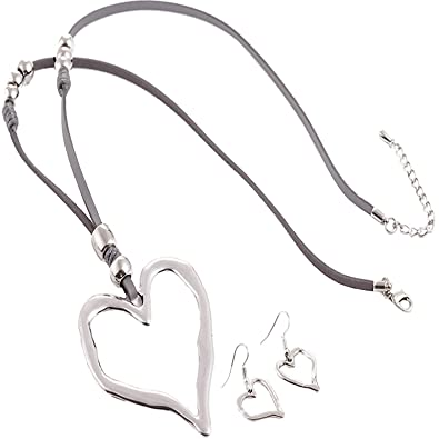 d4aa32948222 Unique Gifts On The Web Lagenlook Silver Colour Large Heart Pendant Grey  Suede Long Necklace and Earrings Set  Amazon.co.uk  Jewellery