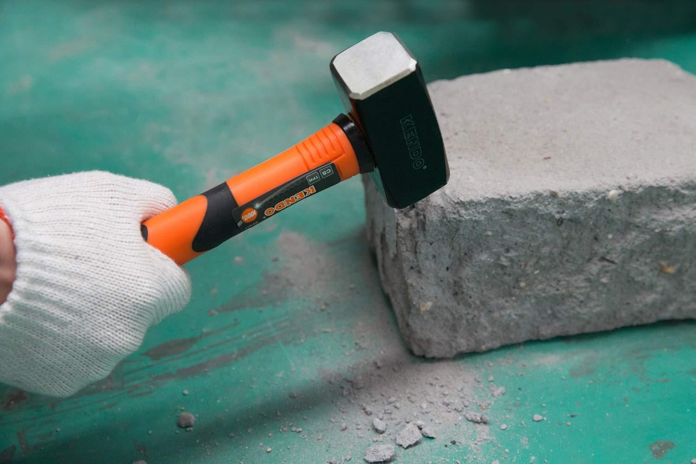 Schlagwerkzeug mit Fiberglasstiel KENDO F/äustel 1500g hochwertigem Karbonstahlkopf und ergonomischem Griff