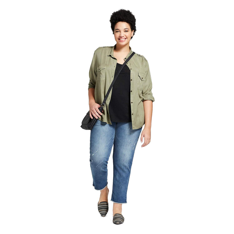 fb7e8c362 Universal Thread Women's Plus Size Roll Cuff Boyfriend Crop Jeans Medium  Wash at Amazon Women's Jeans store