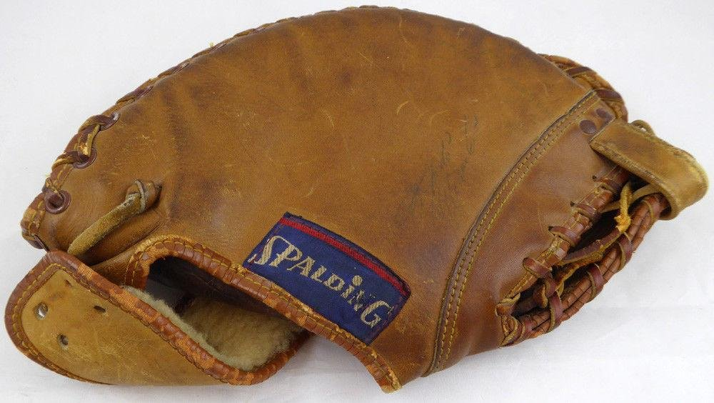 Roberto Clemente Autographed Signed Spalding Baseball Glove Pirates #Z07680 JSA Certified Autographed MLB Gloves