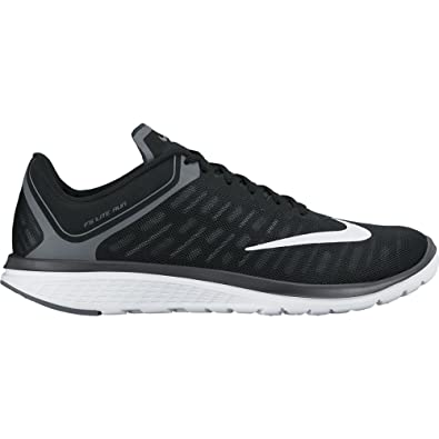 super popular d25bd 2ab4d Amazon.com | Nike FS Lite Run 4 Black/White/Anthracite/Charcoal Grey ...