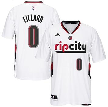 ca751cb9447 Amazon.com   Damian Lillard Portland Trail Blazers  0 NBA Youth New Swingman  Short Sleeve Pride Jersey (Youth Small 8)   Sports   Outdoors