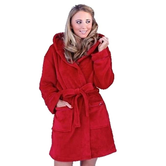 Amazon.com: Boutique 9 Luxury Super Soft Short Hooded Fleece Bath ...