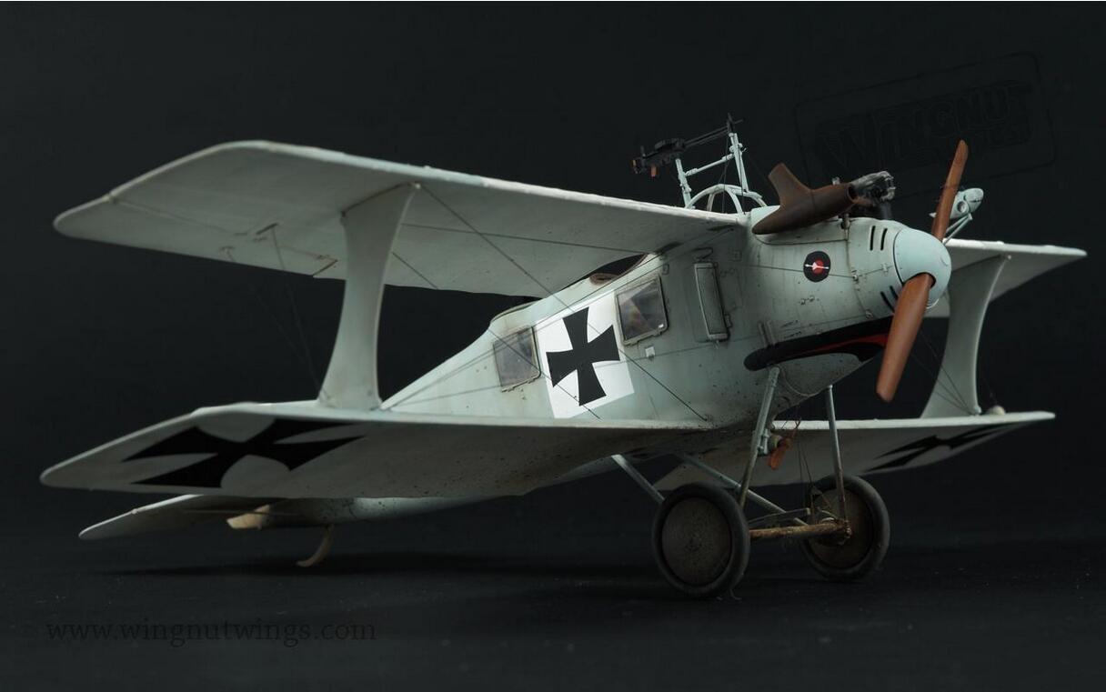 Wingnut Wings 1:32 Roland C.II Biplane Plastic Model Kit #32026 by Wingnut Wings (Image #4)