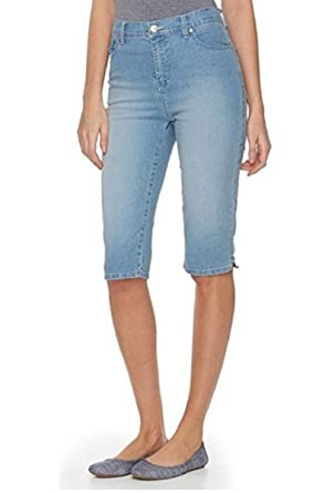 e2fa8b6e15c Gloria Vanderbilt Womens Amanda Skimmer Denim Capri Jean Pant with Plain  Pockets at Amazon Women s Clothing store