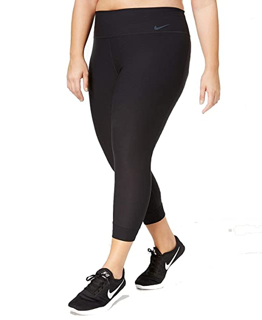 super popular 355df ad3a7 Amazon.com  Nike Womens Plus Training Cropped Athletic Leggings Black 3X   Sports   Outdoors