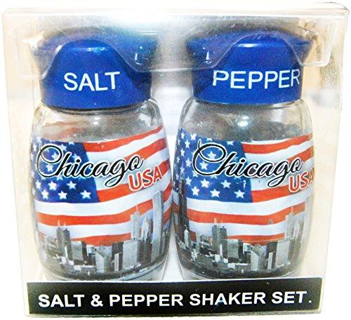 Souvenir Salt Pepper - Chicago Skyline Wrapped with American Flag Designed Salt and Pepper Shaker Set