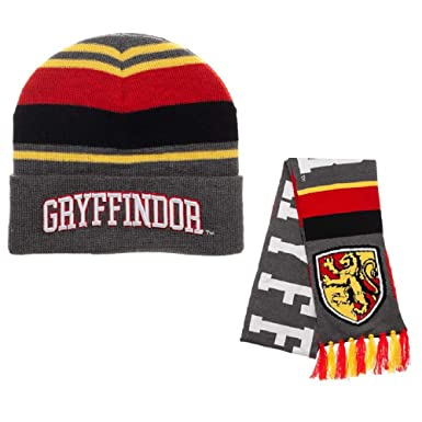 7b799f2600e Amazon.com  Harry Potter Gryffindor House Beanie Hat and Scarf Set ...